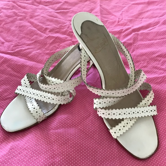 the latest d3b53 fca9f Christian Louboutin Kitten Heel sandals 37.5
